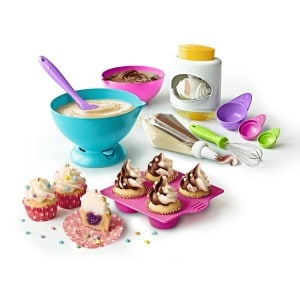 kids-beginner-baking-set-with-frosting-and-sprinnkles