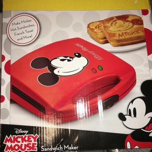mickey-mouse-grilled-cheese-sandwich-maker