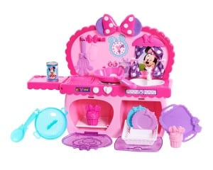 Minnie Mouse pink kitchen toy for toddler girls