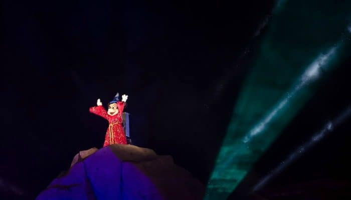 Fantasmic! (Dining Package, Dessert Party, and FastPass)