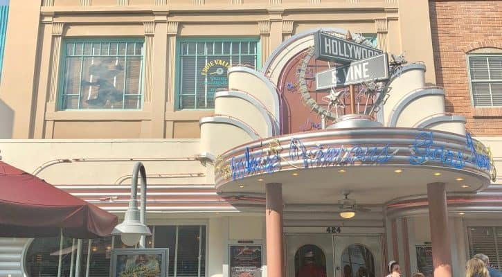 Hollywood & Vine Review: Characters, Menu, and Fantasmic Dining Package