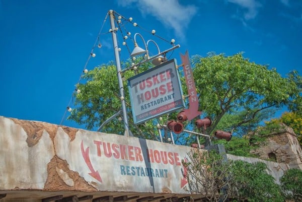 Tusker House character buffet n Animal Kingdom