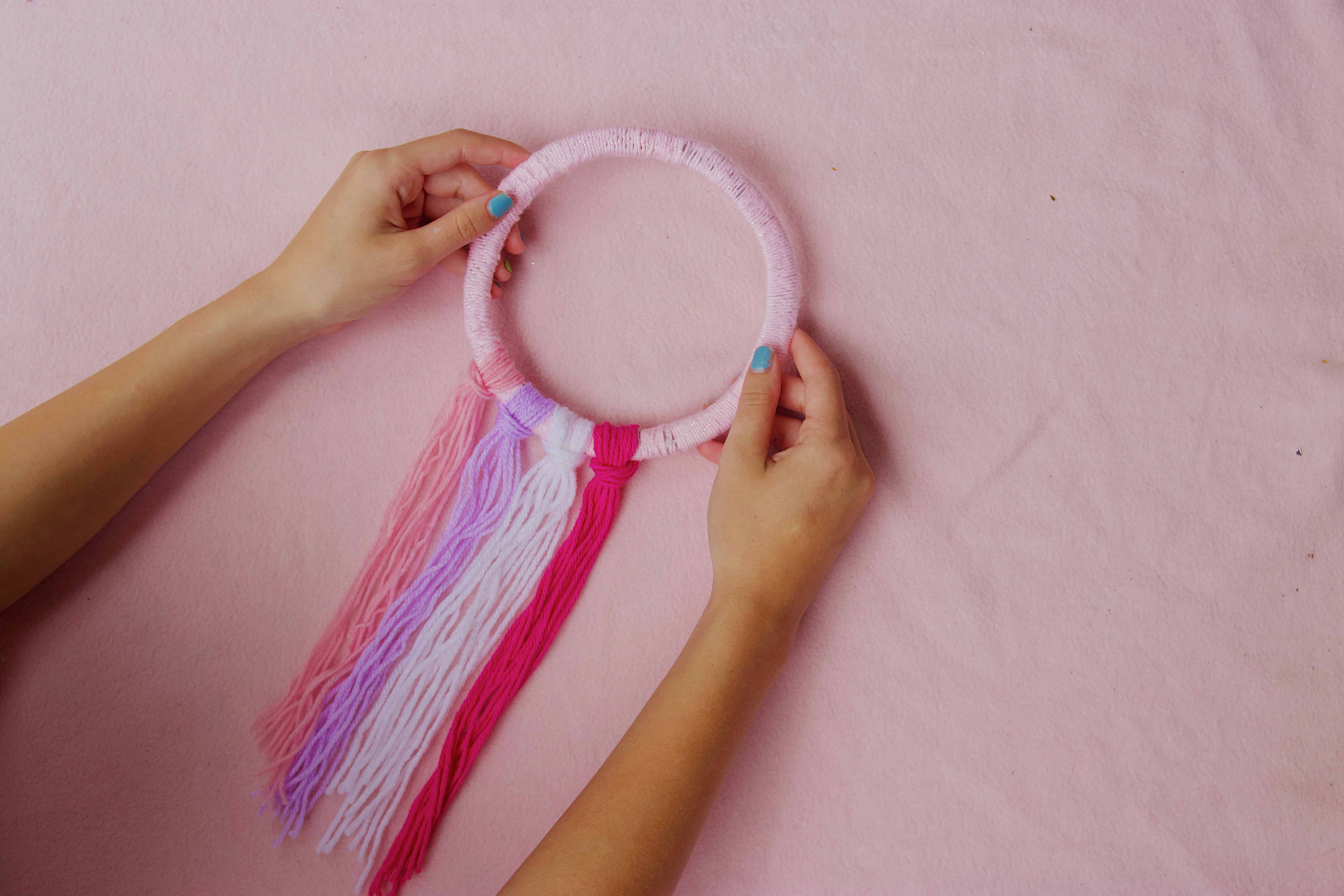 4 colors of tails for dream catcher