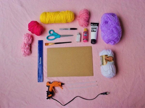 Supplies for unicorn dream catcher