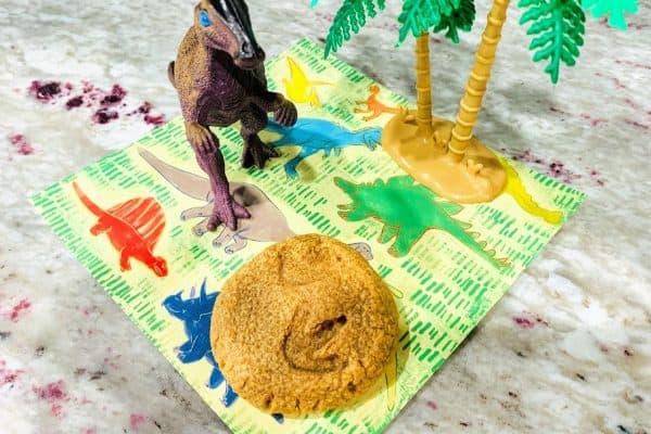 Easy Dinosaur Footprint Fossil Cookies