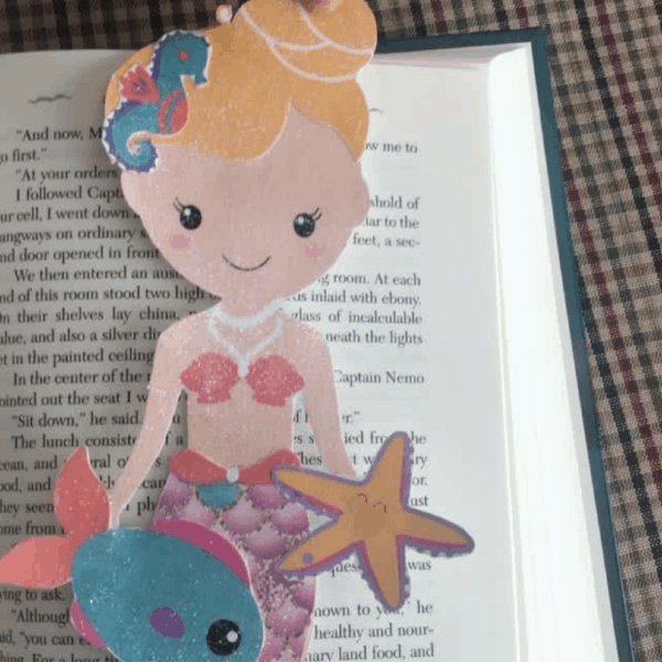 How to Make a Mermaid Bookmark (with Printable Templates)