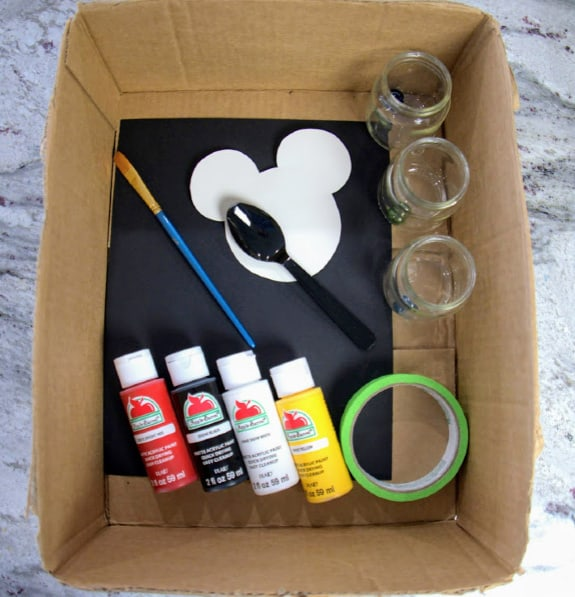 Supplies for Mickey Mouse marbled painting craft