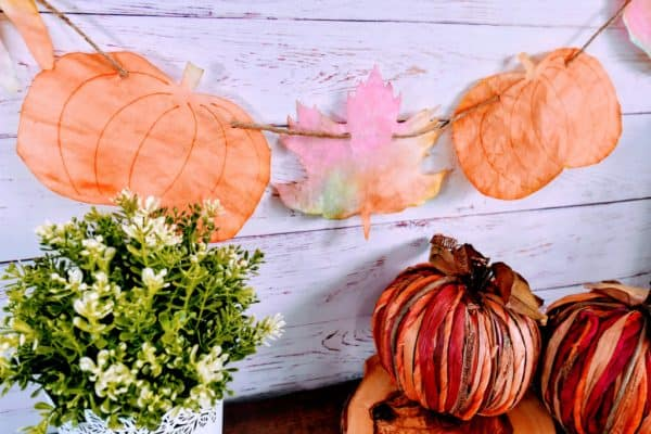 Coffee Filter Leaf & Pumpkin Craft (with Food Coloring)