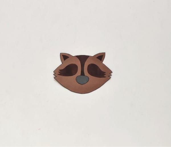 Step 4 raccoon face