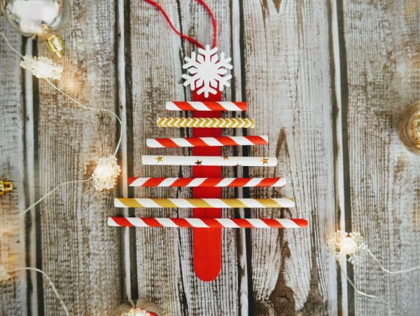 Paper Straw Christmas Tree Craft for Preschoolers