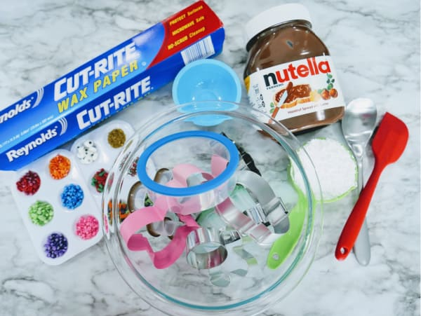 Ingredients for Nutella playdough